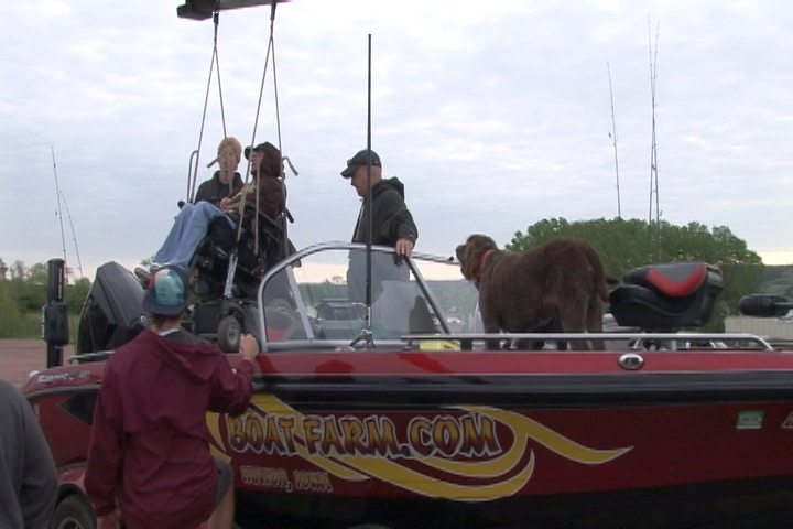 Pic-Angler lifted into boat