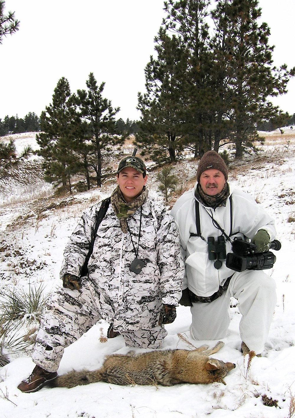 Ben Bearshield & Gary with Rosebud coyote